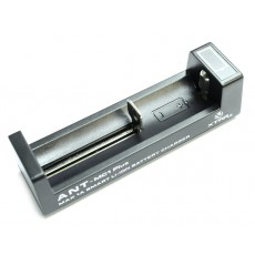Зарядное устройство XTAR ANT-MC1 Plus